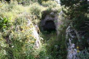 Θολωτός τάφος κοντά στα Παρισάτα
