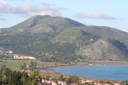 Το Καστέλλι και το λιμάνι του Λιβαδιού