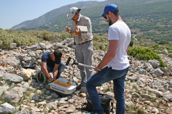 2018 - Fixing the GPR after another tumble on stony ground